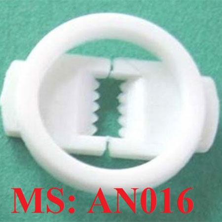 nút hàm răng bên trong đuôi đèn